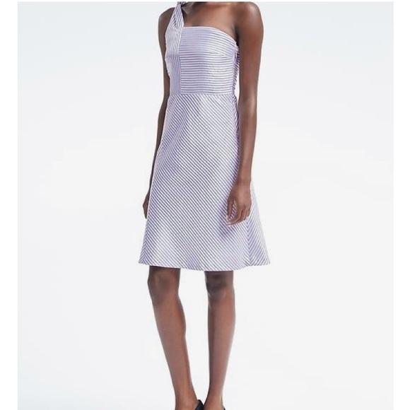 2f645053dc6 NWT Banana Republic One shoulder fit   flare dress